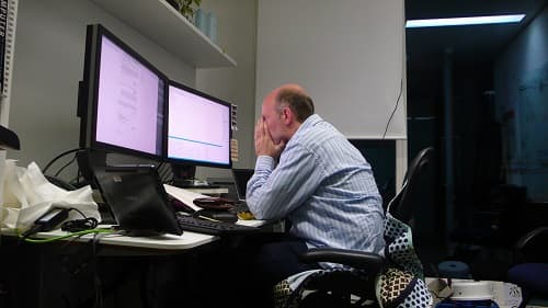Programmer in pressure